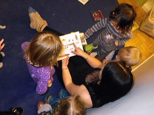 Bokläsning på förskolan
